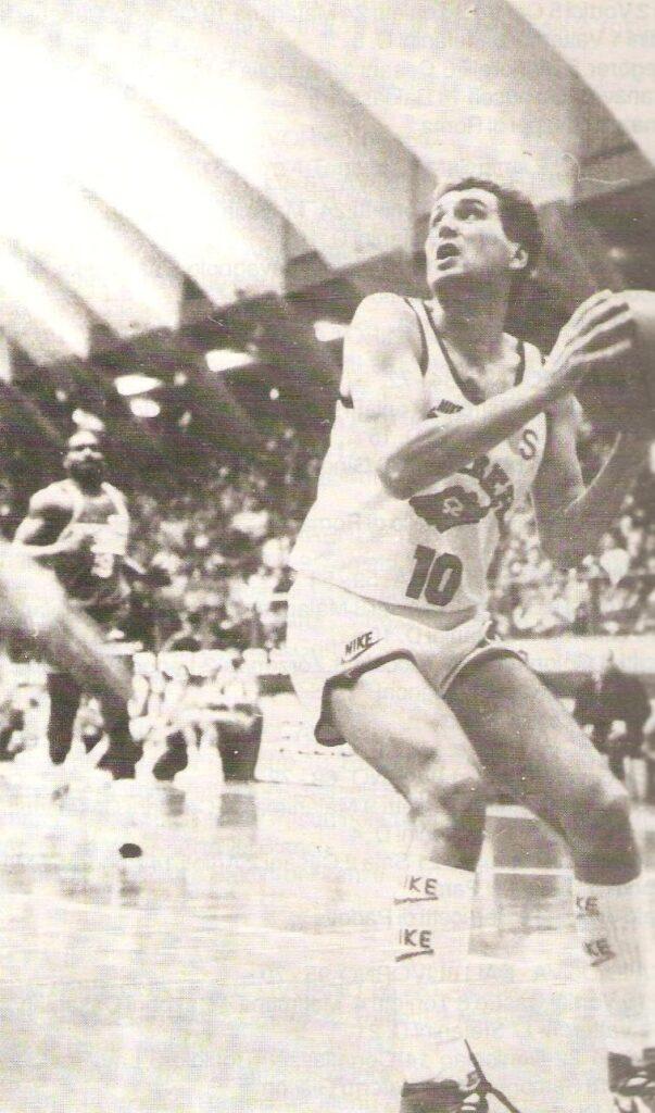 STAGIONE 1986/87: ROBERTO RITOSSA IN MAGLIA PALLACANESTRO LIVORNO