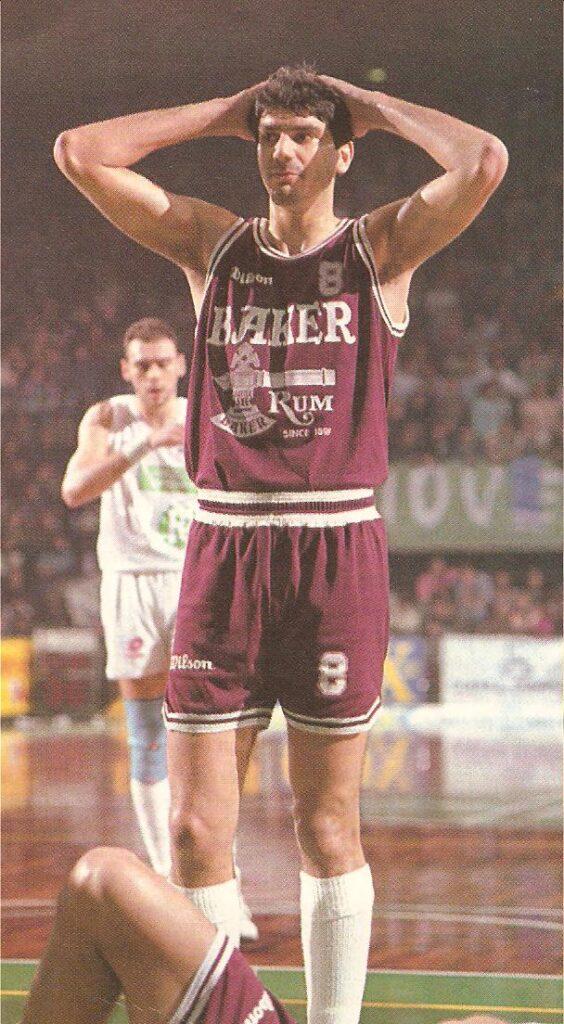 STAGIONE 1991/92: TULLIO DE PICCOLI IN MAGLIA LIBERTAS PALLACANESTRO LIVORNO