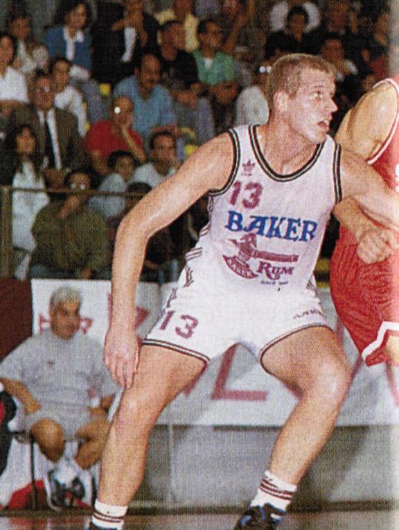 STAGIONE 1993/94: TOM COPA, UNA METEORA NELLA LIBERTAS PALLACANESTRO LIVORNO